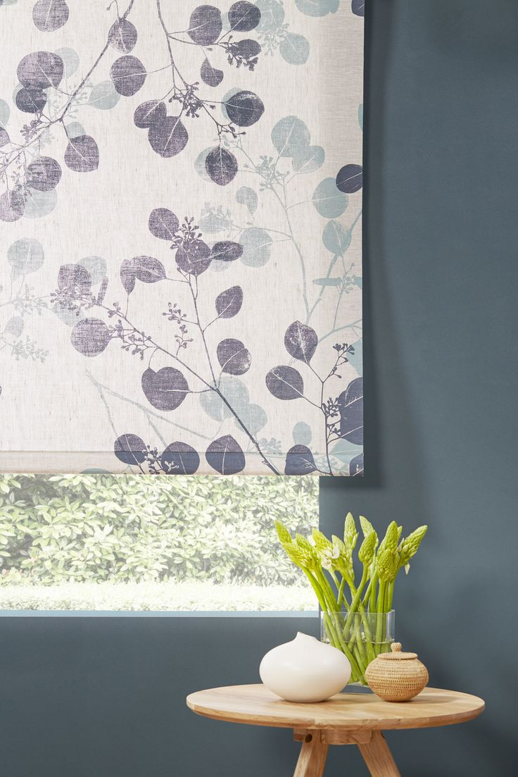 Stiffened fabric roller blind manufactured by BQ Design. Fabric from Ink and Spindle