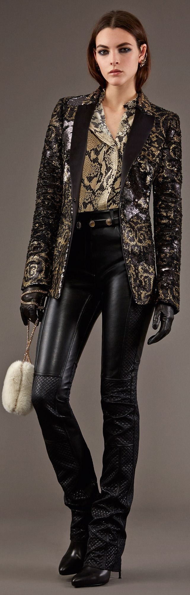 Roberto Cavalli Pre-Fall 2015. A rather pirate-inspired/Steven Tyler inspired ensemble, but either way....rock on and look freaking awesome.