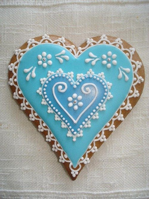yodewandadawan:    VALENTINES DAY on We Heart It - http://weheartit.com/entry/52215396/via/nikiblock
