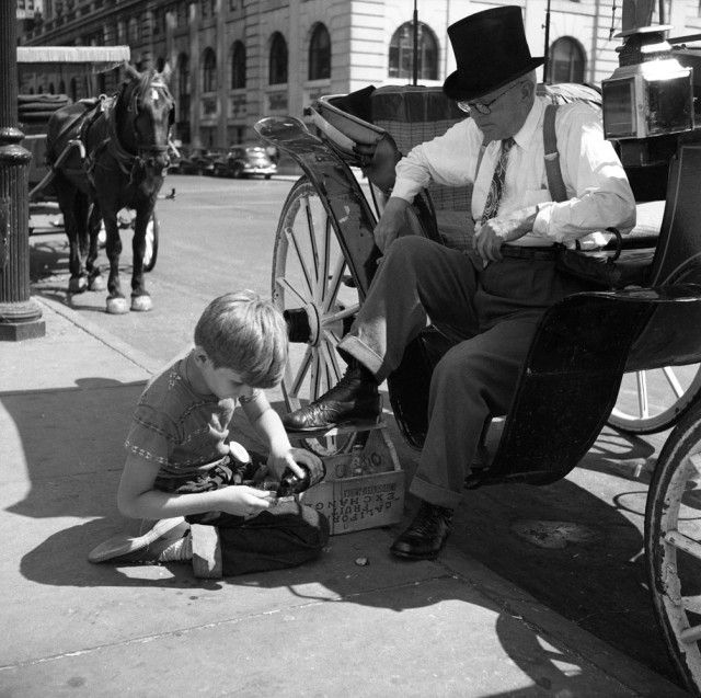 1950 Street Scenes In Chicago And New York