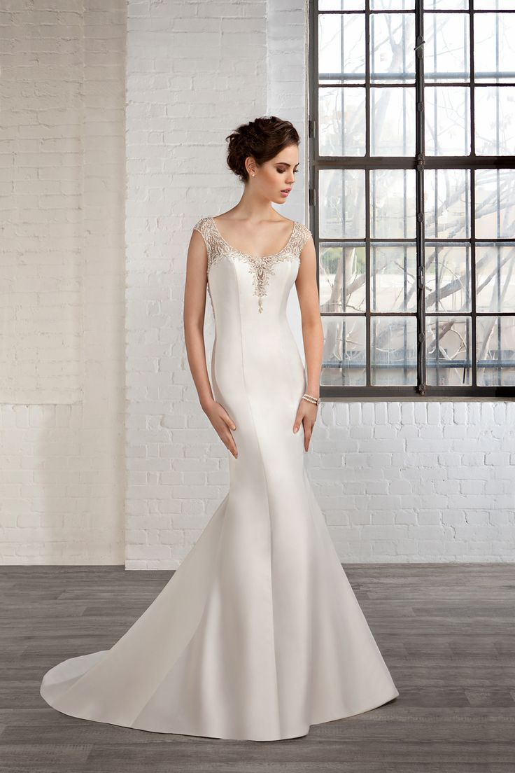 Cosmobella Style 7778: Cosmobella 2016 bridal collection : https://www.itakeyou.co.uk/wedding/cosmobella-wedding-dress-2016 #weddingdress #weddingdresses