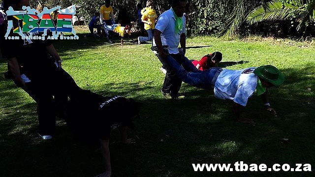 Kruiwastoot Team Building Activity