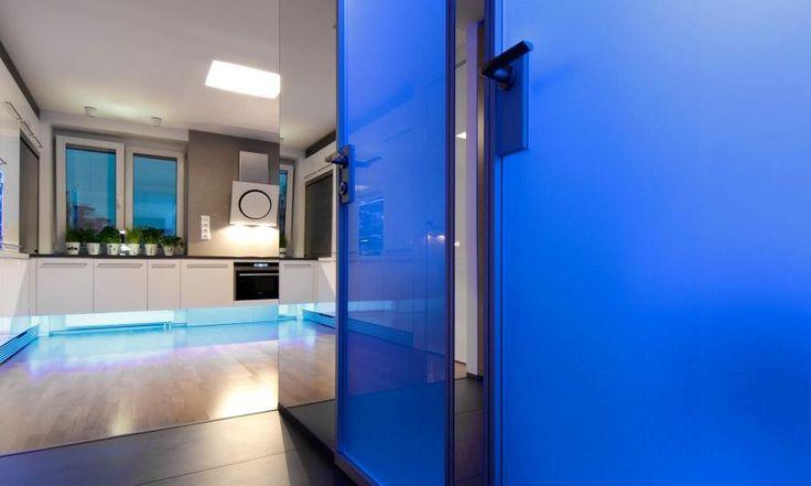 Detail erschossen kleinen slowakischen Wohnung verbessert mit LED Beleuchtung von vorgestellt Rudolf Lesňák
