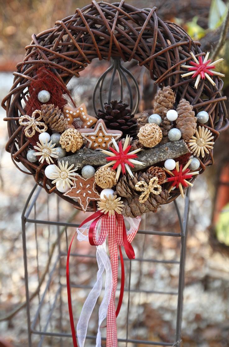 Vánoční věnec průměr věnce 30 cm