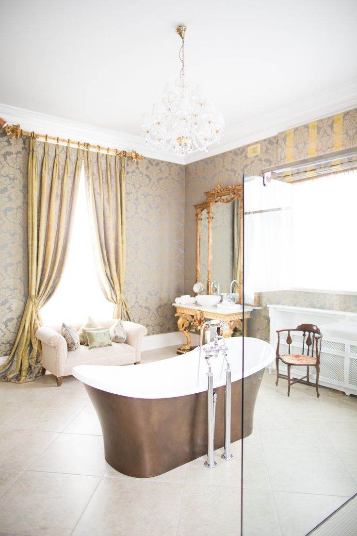 One of the stunning bathrooms in the House in Tankardstown en suite rooms. Beautiful space to get ready on the morning of your destination wedding in Ireland!