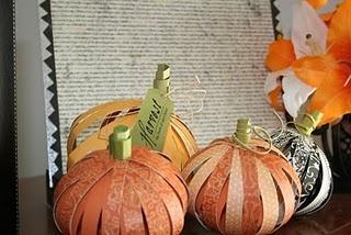 paper pumpkin diy: Fall Pumpkin, Halloween Projects, Pumpkin Crafts, Crafts Ideas, Paper Pumpkin, Scrapbook Paper, Paper Strips, Mine Limes, Pumpkin Tutorials