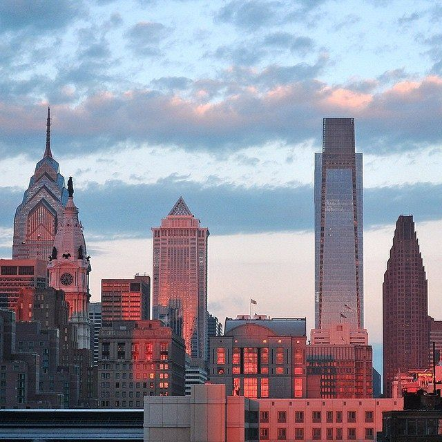 Daytime skyline in Philly