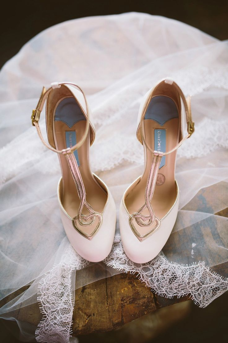 T Bar Wedding Shoes with gold heart detail from Charlotte Mills | Photography by http://www.jonnydraper.co.uk/
