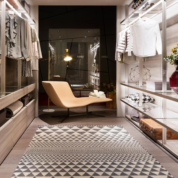 A bold fluidity defines EYDO, the new asymmetric dormeuse by Francesco Rota, already author of numerous proposals for Lema. HANGAR walk-in closet designed by Piero Lissoni aims at creating a personal space, pleasant to look at and comfortable. Lema S.p.A. Salone del Mobile, Design Week 2016