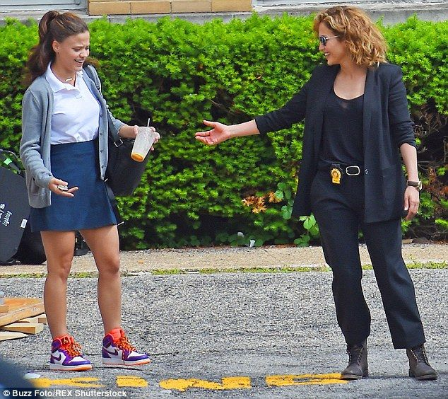 Mini-me: Jennifer and the young actress who plays her daughter - Sarah Jeffery - goofed ar...