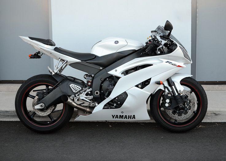 2011 Yamaha R6