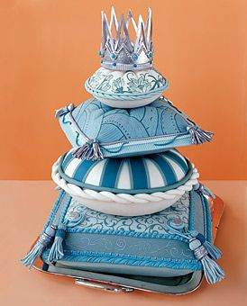 Pillow Wedding Cake with Tassels, Crown   Wedding Cake
