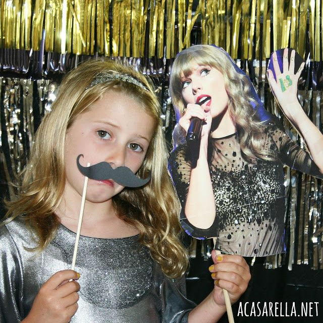Invite a celeb to your next event diy these fun photo booth props invite a celeb to your next event diy these fun photo booth props popular pins pinterest photo booth birthday party themes and birthdays solutioingenieria Gallery