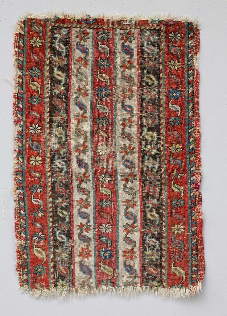 Woollen 'kuşak' (waist belt) for men, from Gürün (Sivas province). Late 19th century. From an Armenian workshop (prior to 1915, all weavers in Gürün were Armenians).