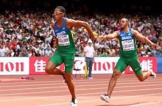Blog Esportivo do Suíço:  Time masculino do 4x100m deixa bastão cair, e meninas batem na trave