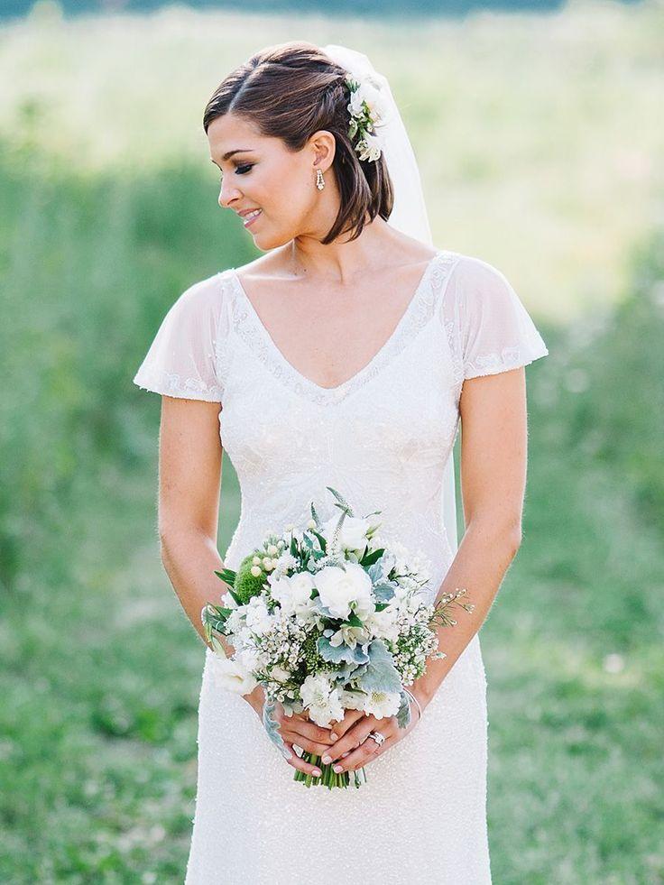 15 Short Wedding Hairstyles With Veils Short Wedding Hair Wedding Hairstyles Medium Length Bridal Hair Veil