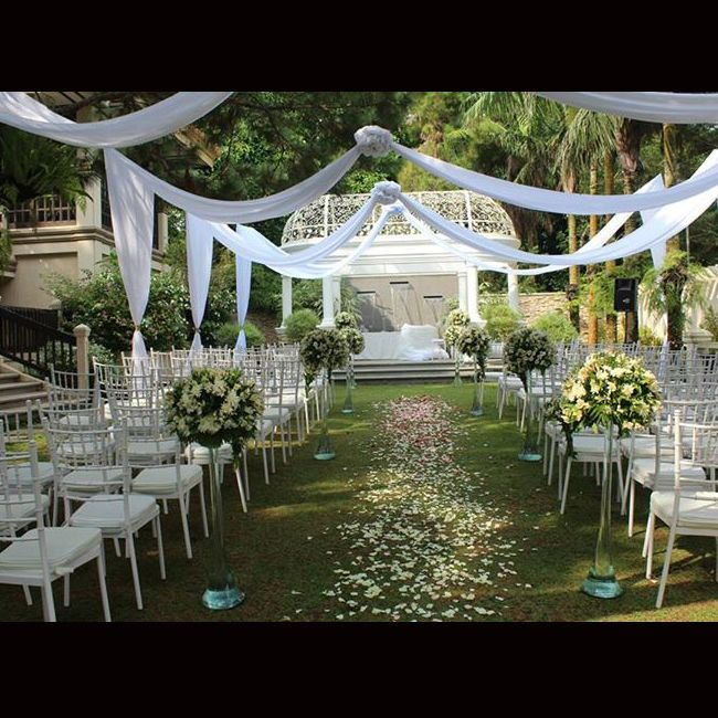 Garden wedding at hillcreek gardens tagaytay garden for Tagaytay wedding venue