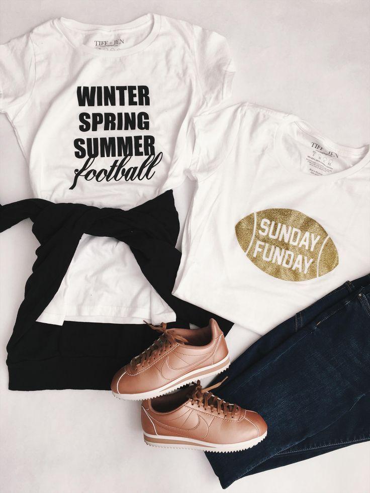 graphic tees, graphic tshirts, graphic shirts, football, sunday football, sunday football, football shirts, woman's football shirts, how to style your graphic tee, cute looks, fashion, fashion outfits