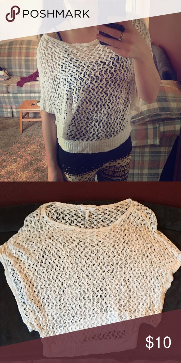 White Crochet Top Cute slouchy crochet top! Great condition. Only worn a handful of times. Kirra Tops Blouses