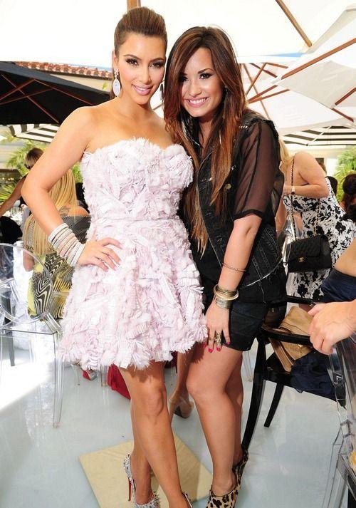 Kim Kardashian & Demi Lovato❤