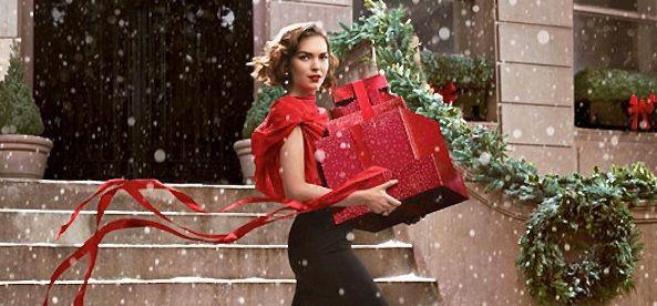 Idea regalo Natale 2013 Se siete alla ricerca di una idea regalo per una vostra amica o semplicemente volete rinnovare il vostro beauty case, Estee Lauder..