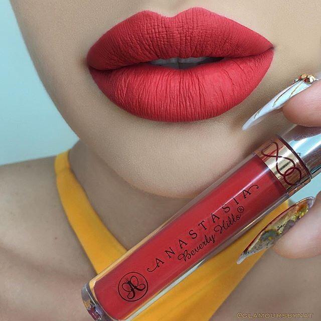 Strawberry liquid lipstick @glamours_by_nat  #anastasiabeverlyhills #abhstrawberry