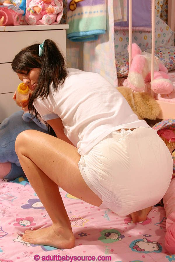 teens-in-pampers-pics