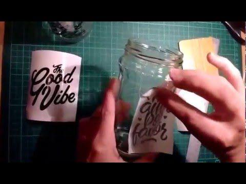 Como colocar vinilos decorativos en frascos de vidrios