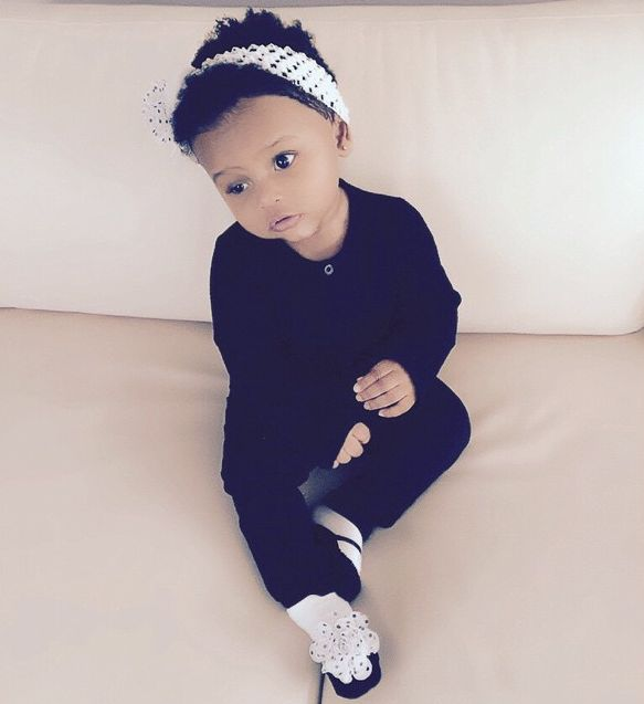 Royal Reign (daughter of Lil' Kim and Mr. Papers) born at Hackensack University Medical Center, New Jersey, USA on June 9, 2014 at 9:58am