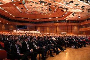 A v Austria Center Vienna bolo naozaj plno | E&S Investments