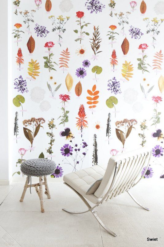 Swiet. Floral Wallpaper. Pressed Flowers. Spring. Colourful. Interiors. www.origin-of-style.com