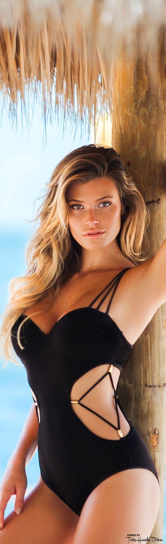 Très Haute Diva ♔ Plumeria Swimwear Arci Monokini model: Samantha Hoopes