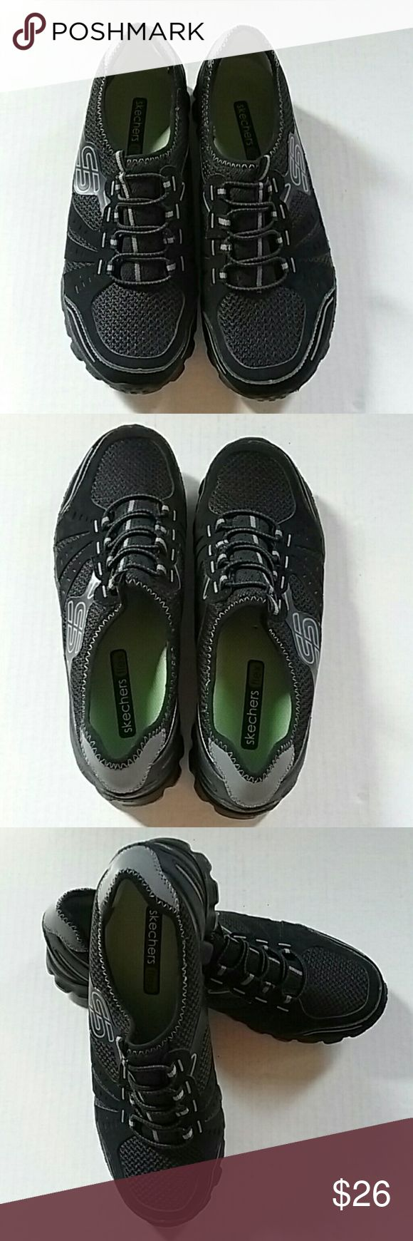Skechers Black Flex Slip on shoes Size 6 This is a pair of Skechers black Flex slip on shoes. Size 6. They are an excellent preowned condition. Skechers Shoes Athletic Shoes