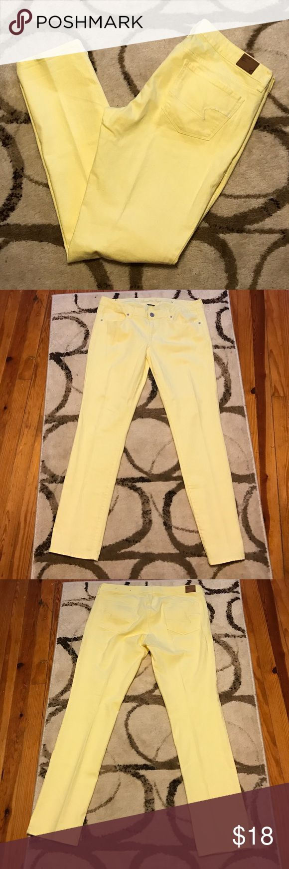 American Eagle Yellow Skinny Jeans AEO yellow skinny jeans. Size 14--REG. In excellent gently used condition. Worn only a few times. No stains no signs of wear. Perfect for spring! They are stretch. American Eagle Outfitters Jeans Skinny