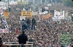 Am Donnerstag, 8. Oktober 2015, gibt es zahlreiche Veranstaltungen zum Jahrestag der #Friedlichen #Revolution in Dresden. Bereits 10 Uhr wird aus Anlass des kommunalen Gedenktages der südkoreanische Freiheits- und Friedensaktivist Kim #Moon-Soo von Oberbürgermeister Dirk Hilbert zum Eintrag in das Gästebuch der Landeshauptstadt #Dresden empfangen.