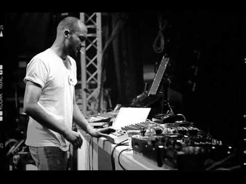Paul Kalkbrenner - Mad World. Rip from his amazing set played at the SQ Klub in Poznań. http://www2.zippyshare.com/v/36202421/file.html