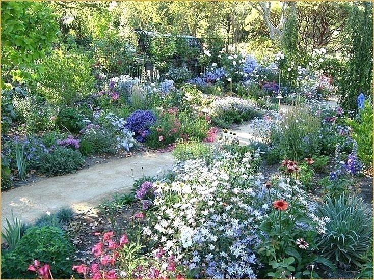 44 Pretty Cottage Garden Border Ideas Craft And Home Ideas Cottage Garden Borders English Garden Design Country Cottage Garden