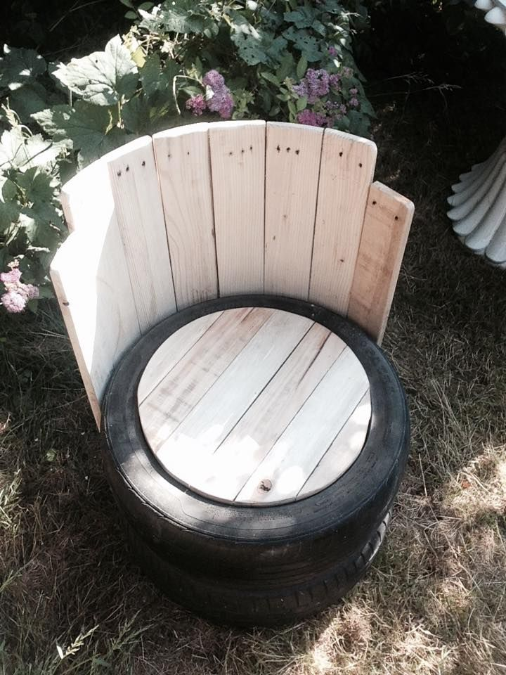 Old Tires With Pallets Wood Outdoor Chair