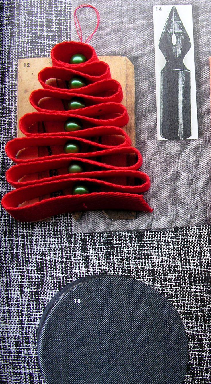 Che colori pensate di usare quest'anno per gli addobbi natalizi??? Rosso, verde, blu, viola, argento, oro!!! Ho pensato a questi alberelli, realizzati in tessuto e perle, che si possono utilizzare come: addobbi per albero e casa, segnaposto, piccolo presente...o come meglio gradite!!! Oppure avete un'attività e volete regalare per Natale qualcosa di originale, fatto a mano, ai vostri clienti...ecco qualcosa di poco dispendioso!!!  https://www.facebook.com/rdrcreazioni