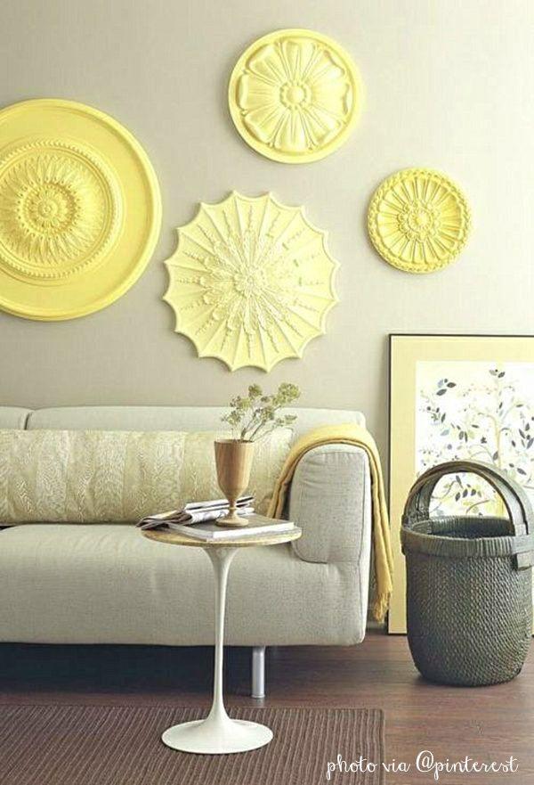 decorare le pareti con i rosoni di gesso o polistirolo: ecco come si fa.
