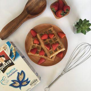 Hola!, les quiero compartir esta receta de waffles de avena, es fácil y deliciosa Ingredientes para 4 unidades: - 2 huevos - 1 ...