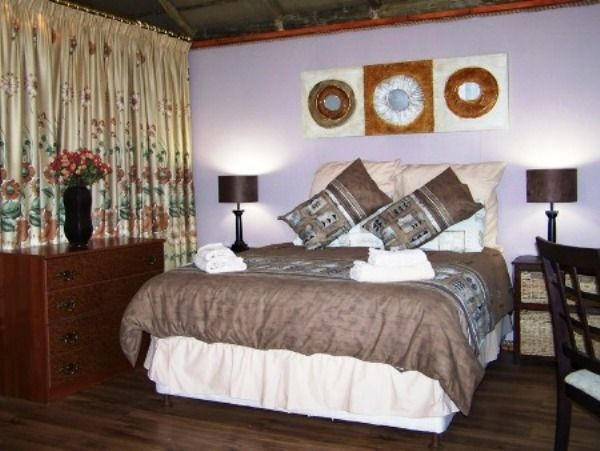 Maskmountain Lodge - Maskmountain Lodge offer Bed and Breakfast and Self Catering Chalets and is situated 4 km outside of Nelspruit and is surrounded by mountain views.  Our visitors and guests describe it as a place to unwind ... #weekendgetaways #nelspruit #southafrica