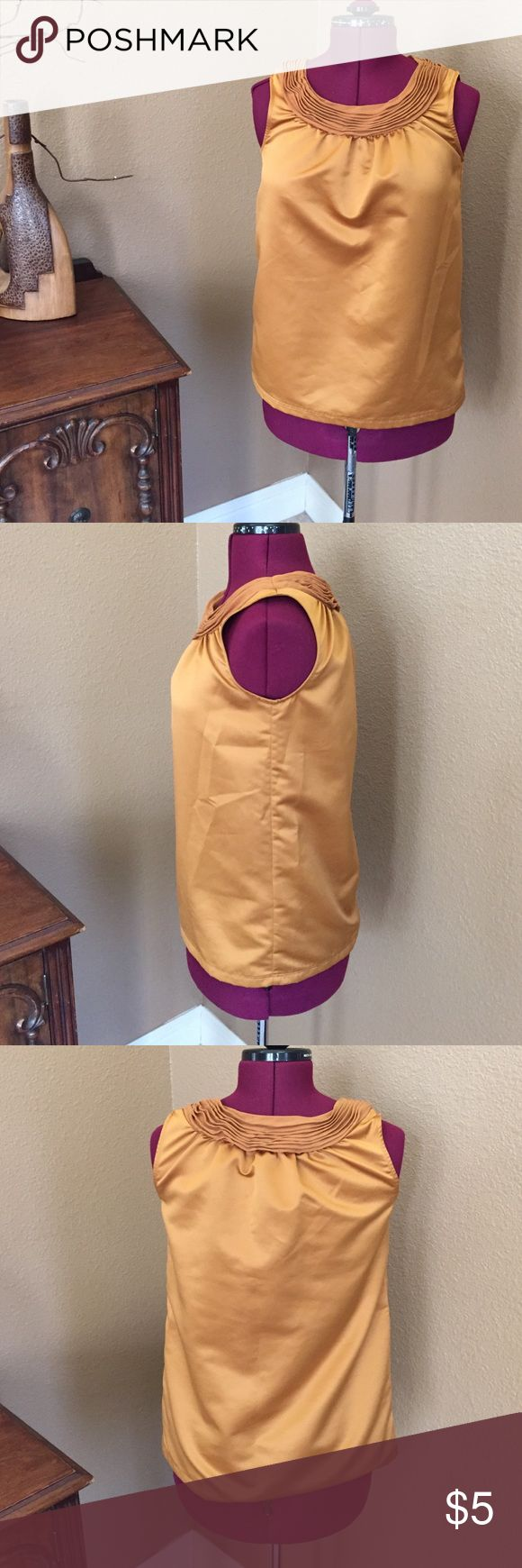 Vera Wang blouse Satin look gold blouse with ruche collar. In used condition. Vera Wang Tops Blouses