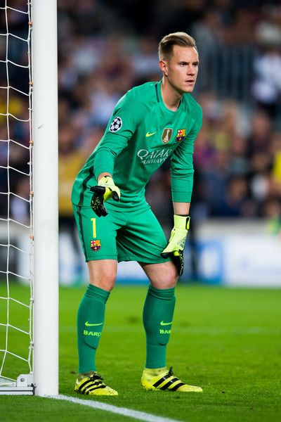 Marc-Andre Ter Stegen of FC Barcelona gestures during the UEFA Champions League group C match between FC Barcelona and Manchester City FC at Camp Nou on October 19, 2016 in Barcelona, Catalonia.