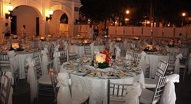 Plaza de la Aduana Historical Events - Cartagena de Indias Convention Bureau - Colombia