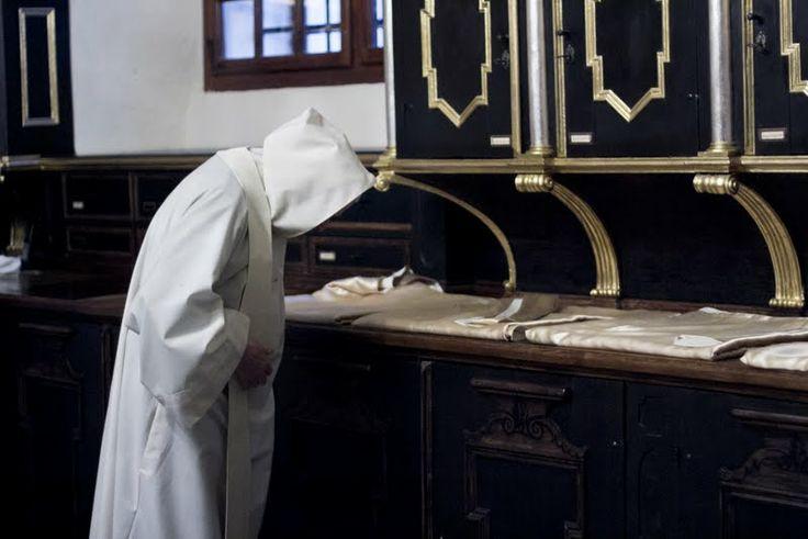#dominikanin #kapłan #dominikanie #op #liturgia #msza