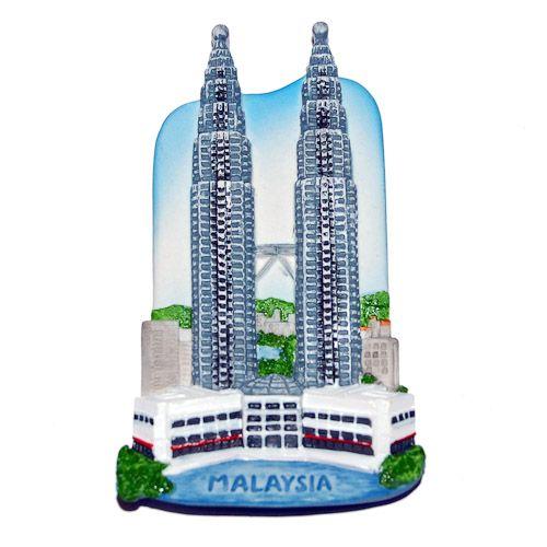 Resin Fridge Magnet: Malaysia. Kuala Lumpur. Petronas Twin Towers