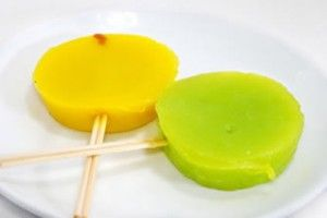 Fruit popsicles are a great way to cool down in the summer and Mexican ...