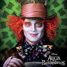 Alicia en el pais de la maravillas (: