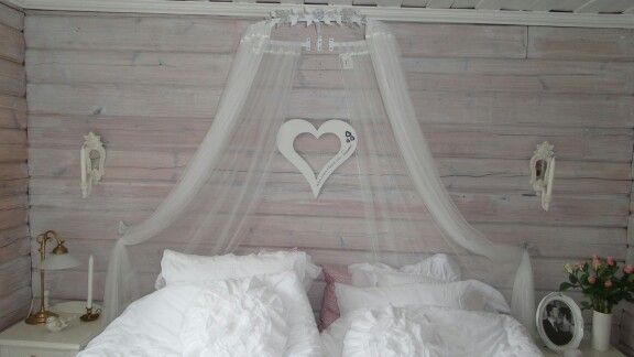 Sänghimmel. Romantiskt. Inköp jotex